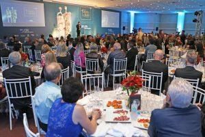 Solenidade de entrega da premiação Mérito Lojista da CDL-BG reuniu cerca de 300 convidados